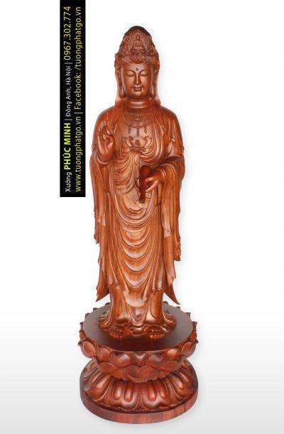 Tôn tượng Quan âm Bồ tát đứng